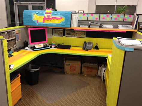 post it bureau pc post it desk prank shoplet