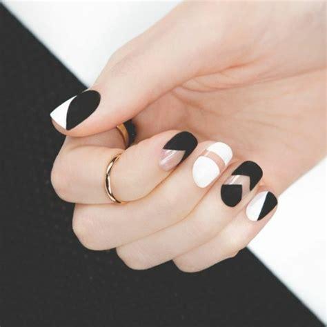 deco ongle noir et or 41 id 233 es en photos pour vos ongles d 233 cor 233 s