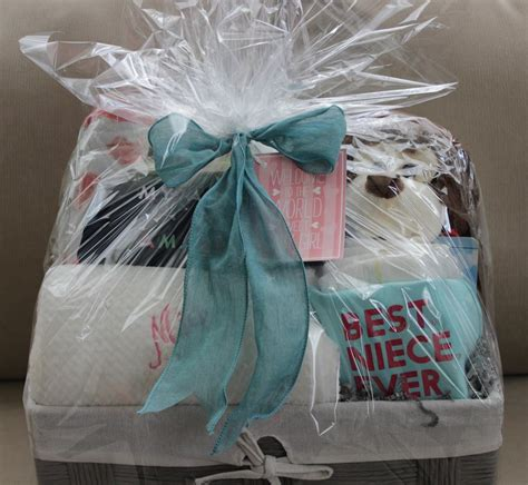 lovely diy baby shower baskets  presenting homemade gifts  expensive style