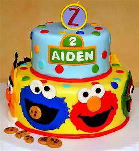 Aiden Street - CakeCentral com