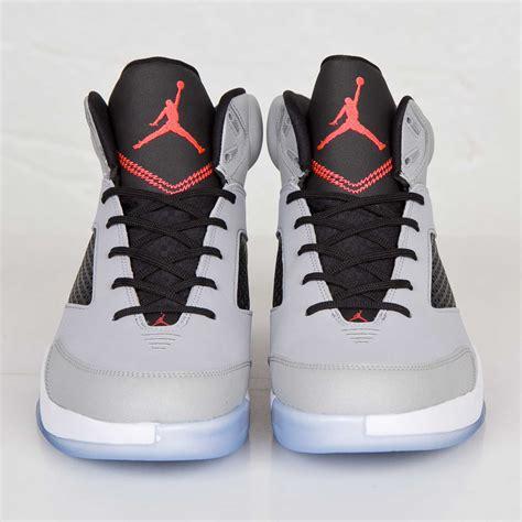 Jordan Brand Air Jordan Flight Remix 679680 060