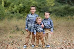 Family photo shoot in Folsom Bridge location - ashatalin.com Photography