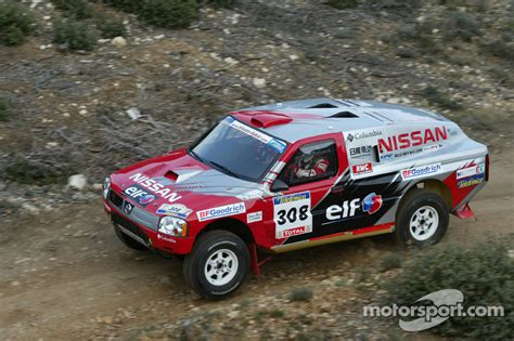 nissan dakar nissan rally raid team shakedown colin mcrae and tina