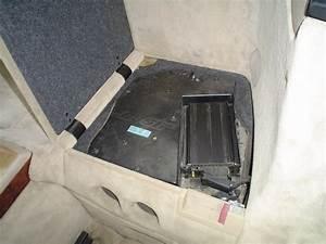 Bose Mercedes R129 Bass Module Placement