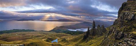 sunrise  skye dramatic landscape wins photographer