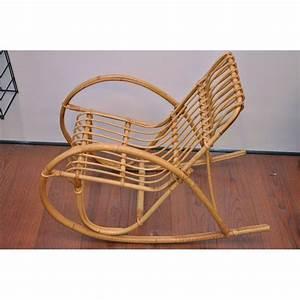 Chaise A Bascule Enfant : chaise bascule enfant en rotin ~ Teatrodelosmanantiales.com Idées de Décoration