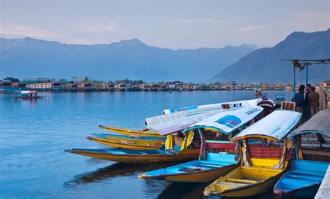 places  visit  kashmir makemytrip blog