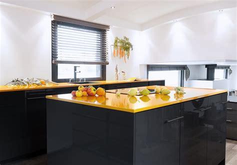 choisir sa cuisine quel bois pour plan de travail cuisine kirafes