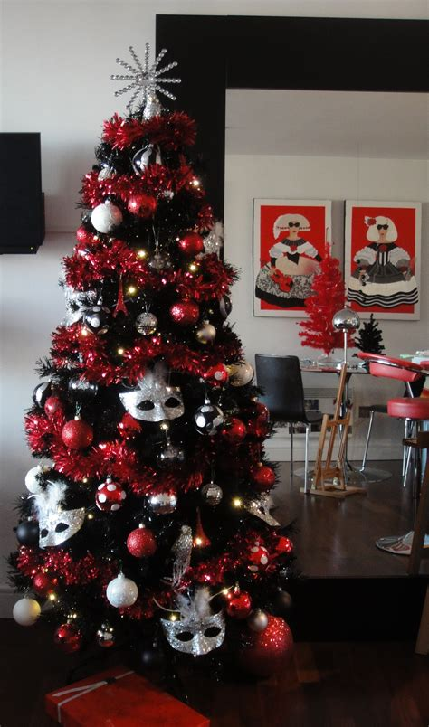 christmas tree  christmas tree  lavishly