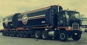 Gulf Oil Tanker Novi  Mi  1974