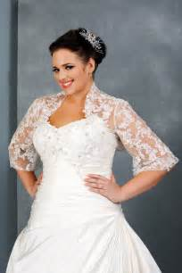 plus size sleeved wedding dress fall plus size wedding dresses with sleeves for modest look sangmaestro