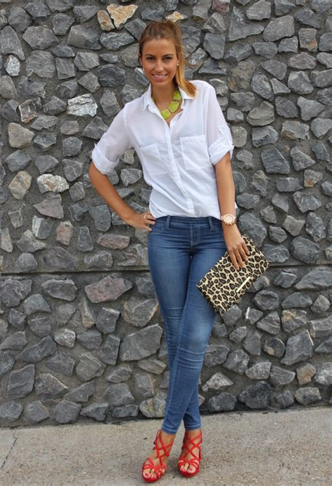 18 Stylish Street Style Outfit Ideas with Blouses - Pretty Designs