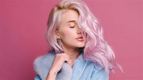 Learn How To Pull Off Pastel Pink Hair Loréal Paris