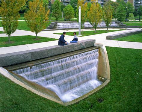 landscape architects and designers landscape architecture green university of cincinnati hargreav landscape architecture