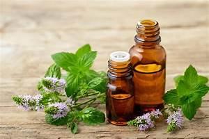 10 Essential Oils For A Sore Throat