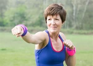 Körperfettanteil Frau Berechnen : kalorienbedarf frau 40 gesunde ern hrung lebensmittel ~ Themetempest.com Abrechnung