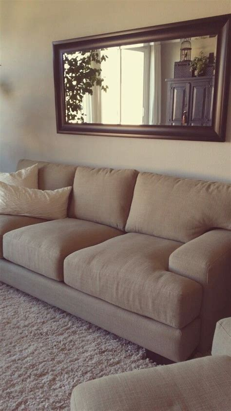 mirror  couch    reflecting