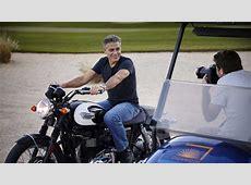 George Clooney l'acteur américain en motard sexy pour la