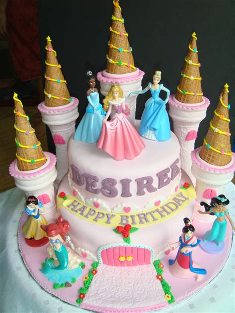 princess cake yummy baking princess castle fondant cake d1