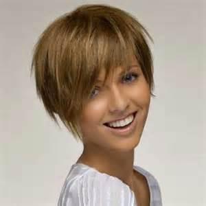 coupe de cheveux femme courte coupe de cheveux courte connaitre ce qui nous va vraiment coiffure courte