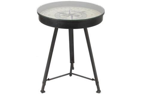 table basse trepied et plateau boussole crusoe table