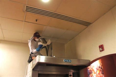 kitchen ceiling cleaning