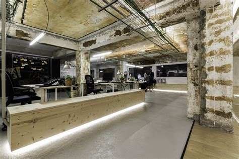 iconweb offices  arquitectos archdaily