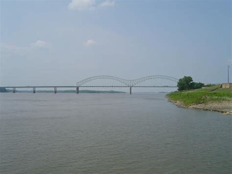 1 Day Mississippi River Boat Cruise From Memphis by Memphis Take A Mississippi River Boat Cruise