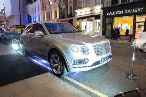 signature car hire attend launch    bentley