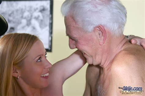 young And old sex Porn Image 113101