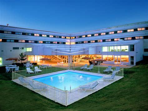 chambre hotel 4 personnes hôtel ibis site du futuroscope chasseneuil du poitou