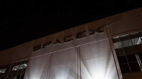Microsoft Partners With Elon Musk's SpaceX to Target Space ...
