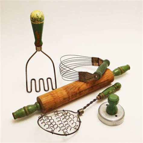 green kitchen gadgets 43 best ideas about vintage green on 1412