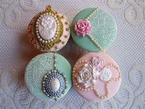 images  cup cakes  pinterest lace cupcakes