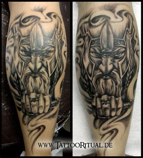 wikinger unterarm tattooritual dein tattoodoktor cover up herren tattooritual dein tattoodoktor f 252 r cover