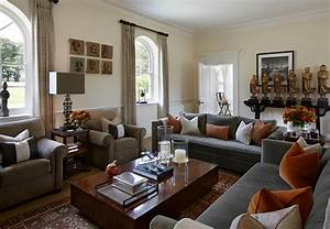 Pillows Can Add So Much To A Living Room But Don T Overdo It Leave