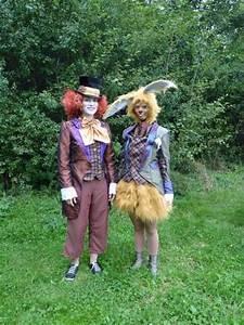Hutmacher Alice Im Wunderland : hutmacher und m rzhase aus alice im wunderland karnerval pinterest kaninchen und kost me ~ Watch28wear.com Haus und Dekorationen