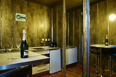 chambre d h e avec spa privatif suite avec lyon 28 images suite cabaret avec spa