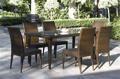 Outdoor Dining Furniture Ideas by Choose Outdoor Dining Tables For Sophistication And