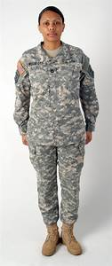 Women's Army Combat Uniform Makes a Difference for Female Fit