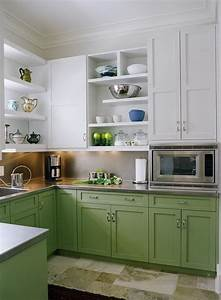 35 two tone kitchen cabinets to reinspire your favorite for Kitchen cabinet trends 2018 combined with pop up wall art