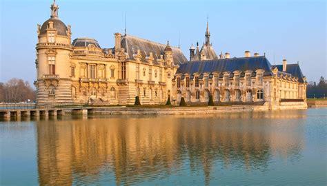 Of Chantilly by Ch 226 Teau De Chantilly Un 233 Difice Remarquable Dans L Oise