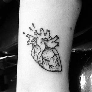 Collection of 25+ Simple Tattoo Designs