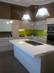 plan de travail pour cuisine en quartz quotblanc absolu With plan de travail de cuisine en quartz