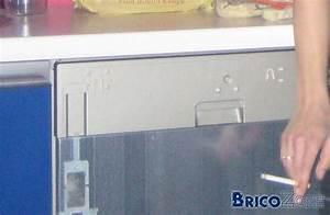 Façade Lave Vaisselle Encastrable : comment demonter facade lave vaisselle whirlpool la ~ Dailycaller-alerts.com Idées de Décoration