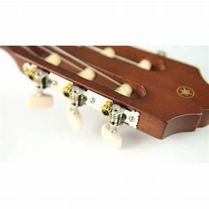 La C40 est l'une des guitares classiques les moins chères de la gamme Yamaha mais sa qualité et