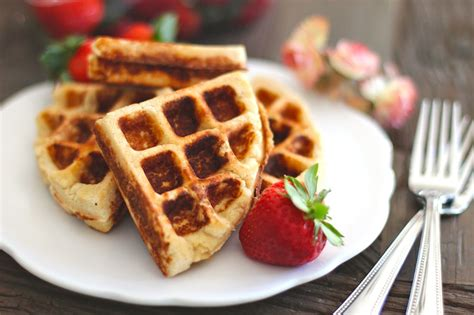 My favourite low carb psyllium recipes are probably my dairy free keto bagels, keto tortillas, and my keto chocolate cake bars. Healthy Low Carb Gluten Free Waffles (sugar free, low fat)