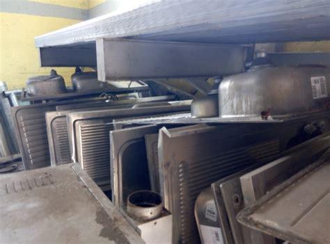 lavelli in acciaio inox lavelli usati in acciaio inox pomili demolizioni speciali srl