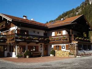 Hotels In Bayrischzell : kaminstubn bayrischzell restaurant reviews phone number photos tripadvisor ~ Buech-reservation.com Haus und Dekorationen