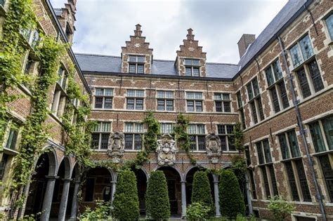 Maybe you would like to learn more about one of these? Antwerpen - Sehenswürdigkeiten und Reisetipps ...